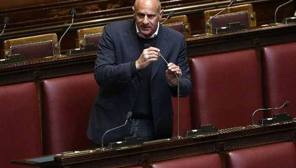 Italicum:FdI-An a Mattarella, no fiducia