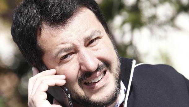 Salvini, Renzi complice, stop immigrati