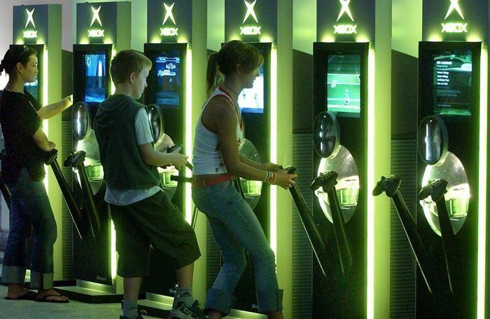 Giovani ai videogiochi