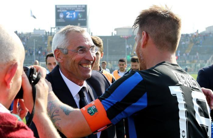 Reja e Denis dopo la vittoria con il Sassuolo