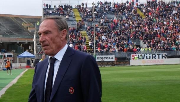 Cagliari, Zeman si è dimesso