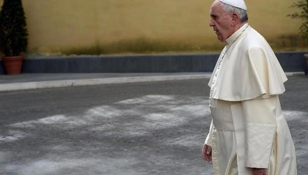 Papa, uniamoci a cristiani perseguitati