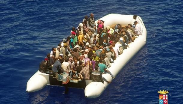 Renzi a Ue, distruzioni dei barconi