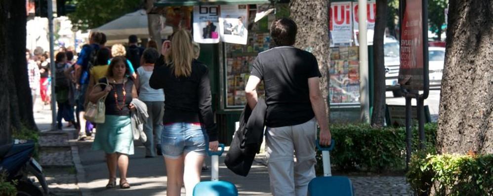 Aperti, accoglienti e parlano inglese Le 10 regole dei «negozi amici» di Expo