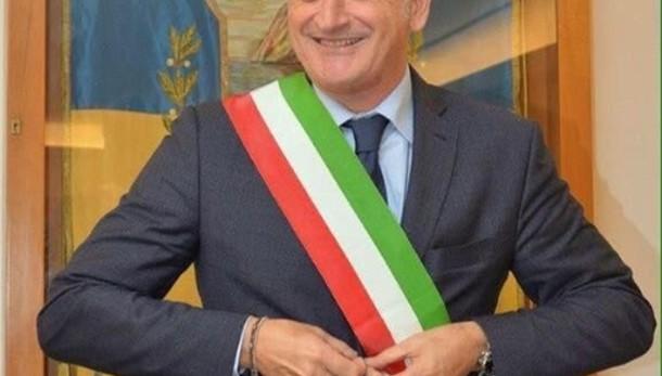 Domiciliari al sindaco di Ischia