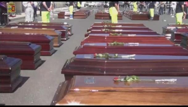 Naufragio, a Malta funerali vittime