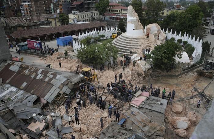 Collassata la torre di Dharahara