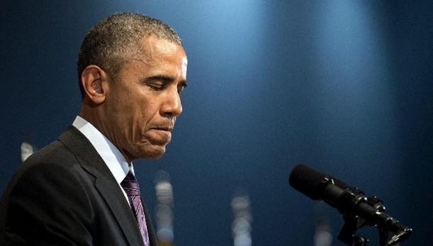 Usa, hacker russi hanno letto mail Obama