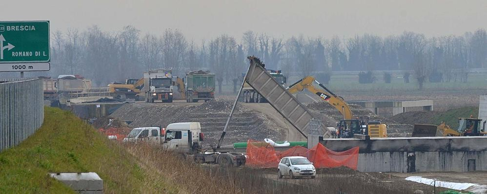 Aree bloccate tra Brebemi e ferrovia Terreni ancora non pagati: «Inaccettabile»