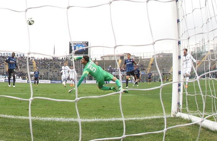 Il gol dell'1-0 di Saponara