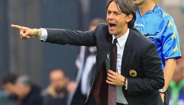 Il Milan in ritiro a tempo indeterminato