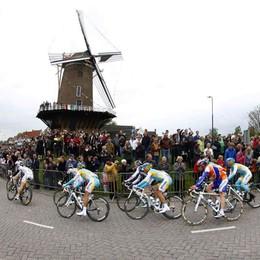 Utrecht, la città su due ruote dà il via al Tour de France