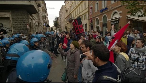 Salvini respinto a Porto Recanati