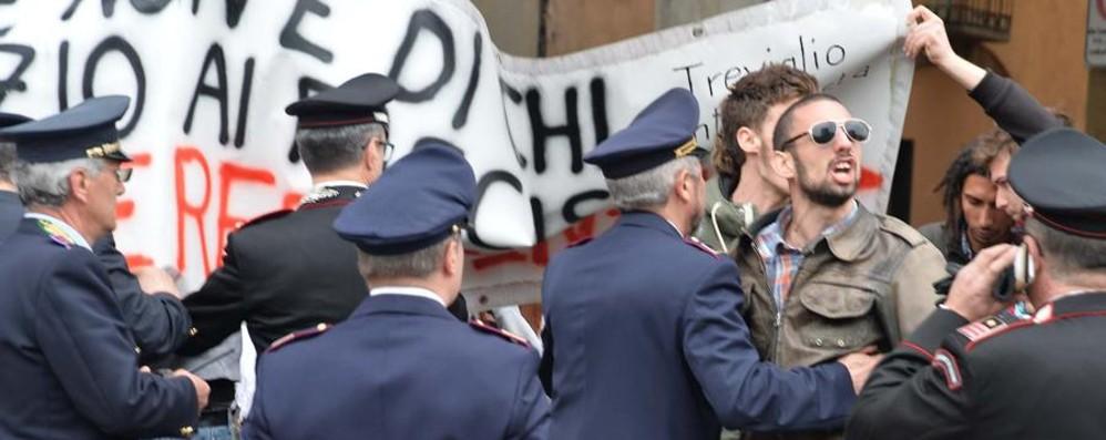 Un blogger aggredito a Treviglio Aveva filmato protesta degli antifascisti