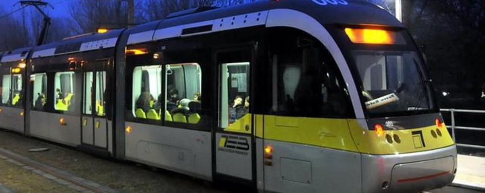 1° maggio: orario festivo per il tram I bus circoleranno, ma dopo le 13,30