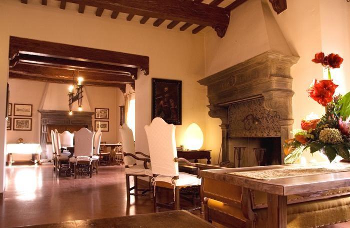 Hotel Castello di Petroia