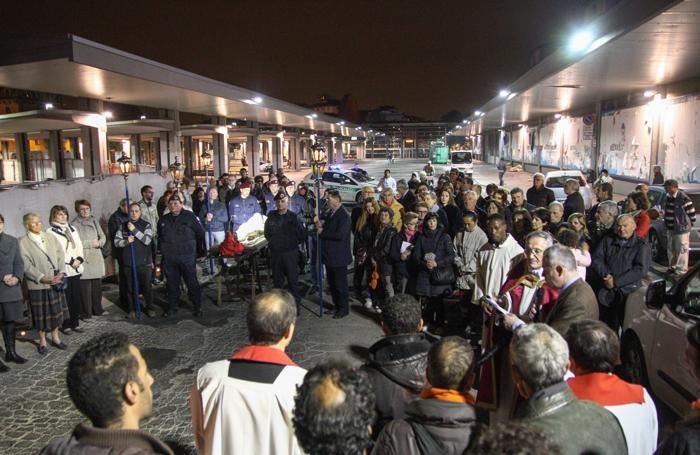 Stazione delle Autolinee a Bergamo - Vai Crucis
