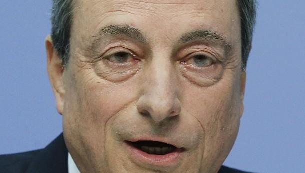 Cambi:euro in lieve calo a 1,108 dollari