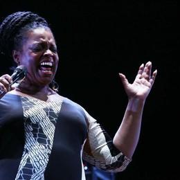 15. Concerti, festival, spettacoli teatrali:  mai visto nulla del genere - Dianne Reeves a Bergamo Jazz