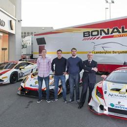 Il Team Lamborghini scalda i motori Il via a Monza da campione del mondo