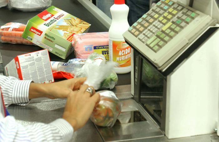 La cassa di un supermercato