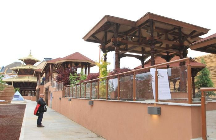 Una veduta del padiglione Nepal nel girono dell'apertura ufficiale di Expo2015