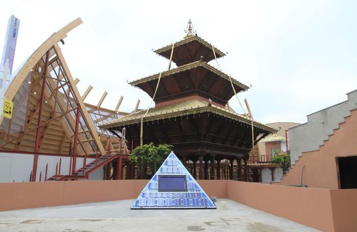 Una veduta del padiglione Nepal nel giorno dell'apertura ufficiale di Expo2015