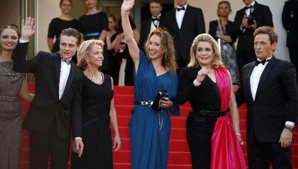 Cannes apre al 'profumo di donna'