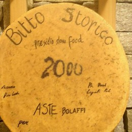 Battuto all'asta per 163 euro al kg È un Bitto Storico della Val Brembana