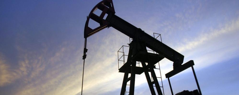 Energia, il petrolio perde quota Nel 2018 sarà scalzato dal metano