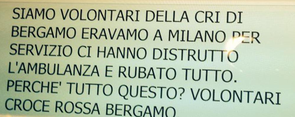«Assaltata ambulanza di Bergamo» Black bloc, la bufala corre  online