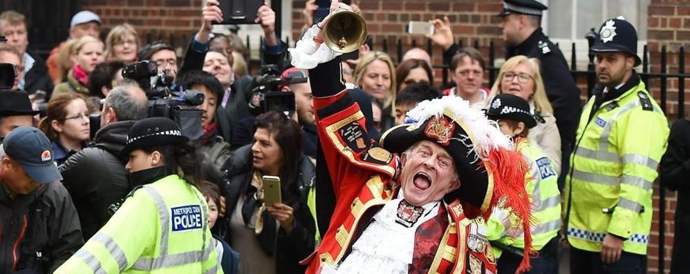 Bergamaschi di Londra in festa per l'arrivo della royal girl
