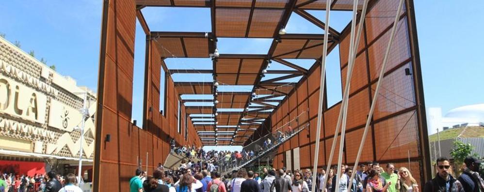Expo decolla, folla nei padiglioni Visitatori da tutto il mondo - Foto/video