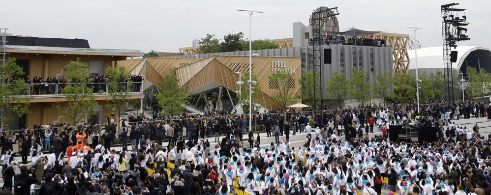 Il sindaco Gori alla cerimonia «Emozionato di fronte alla bandiera»