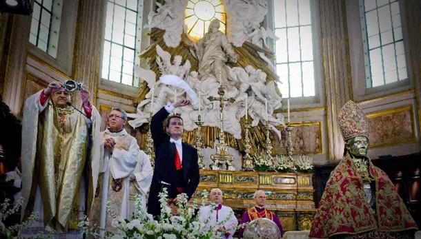 Si ripete il miracolo di San Gennaro