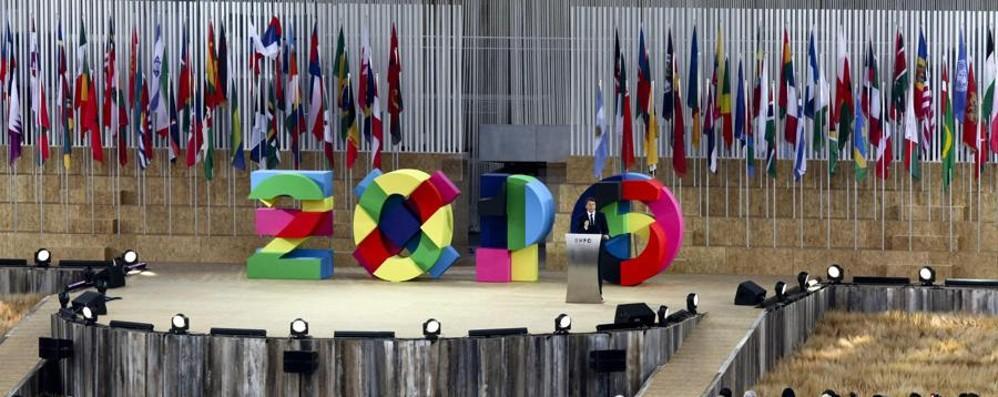 Un giorno a spasso per i padiglioni E su Twitter vola l'hashtag #Expo2015