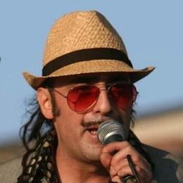 «Tonino Carotone  & Band»  mercoledì 27 maggio al Druso