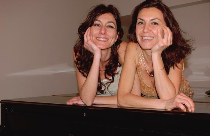 Nicoletta e Angela Feola