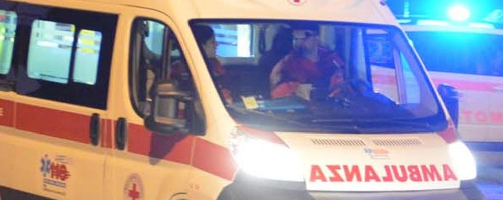 Colpito da una struttura di ferro Operaio ferito in ditta a Cividate