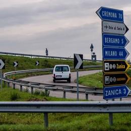 Tangenziale Sud: velocità e sorpassi folli «Troppi rischi, serve l'autovelox fisso»