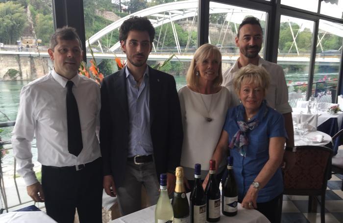 Manzotti, la terrazza sull\'Adda gemellata con i vini piemontesi ...