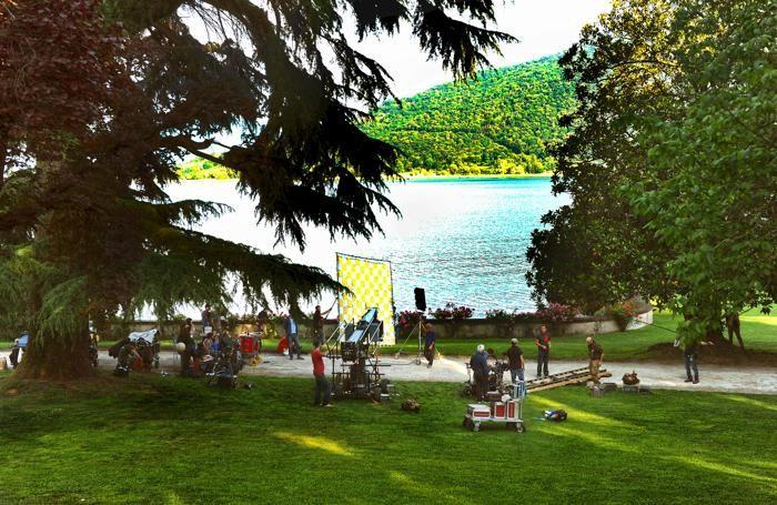 Il set del film a Villa Faccanoni