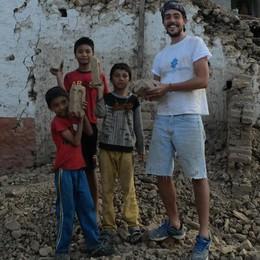 Nepal, quando un sorriso sconfigge il terremoto