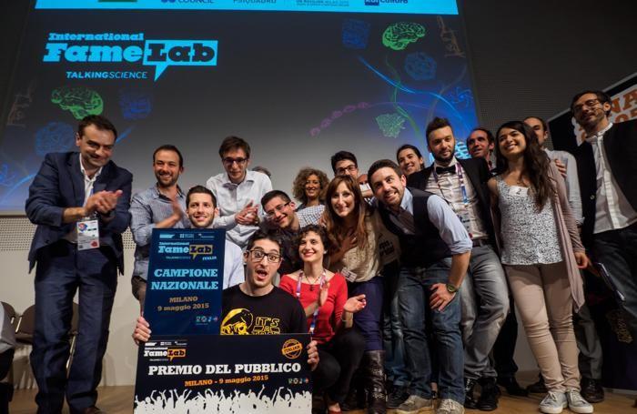 Luca Perri premiato alla finale del Fame Lab