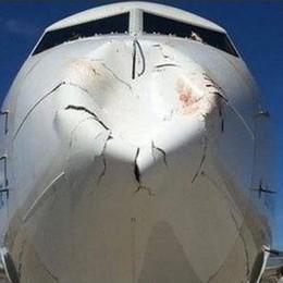 Si scontra con uno stormo di uccelli Ma il 737 riesce ad atterrare in Turchia