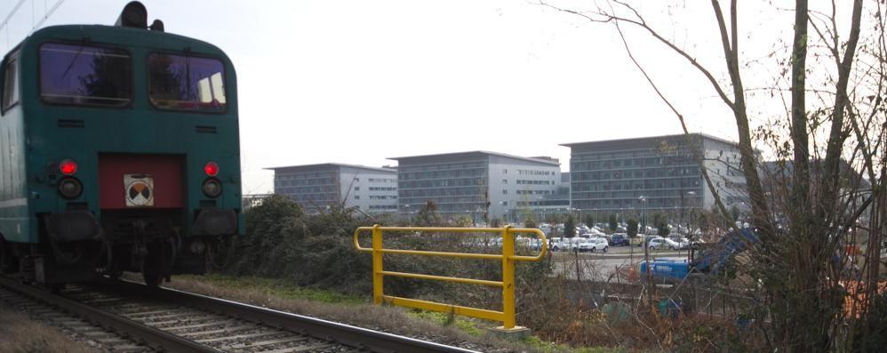 Stazione ferroviaria per l'ospedale? Trenord e Rfi studiano la proposta «light»