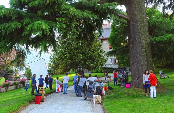 Il set cinematografico nei giorni scorsi  a Sarnico