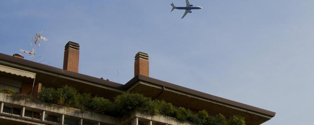 Aerei su Colognola, i residenti: pazienza al limite, il Comune agisca