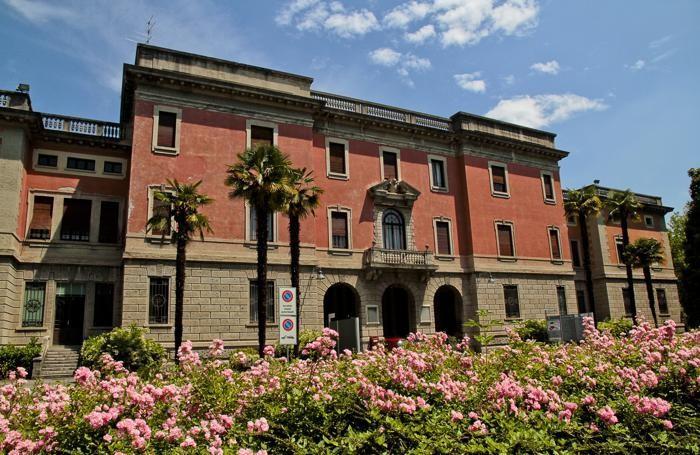 Gli ex Ospedali Riuniti in largo Barozzi