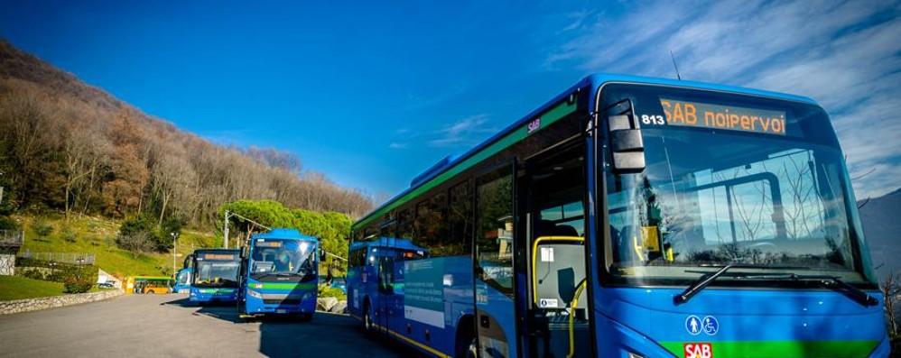 Pochi bus lunedì per le scuole Risparmiati 40mila euro in un giorno